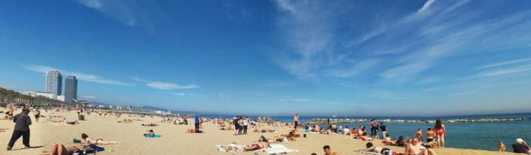 playa barcelona.jpg